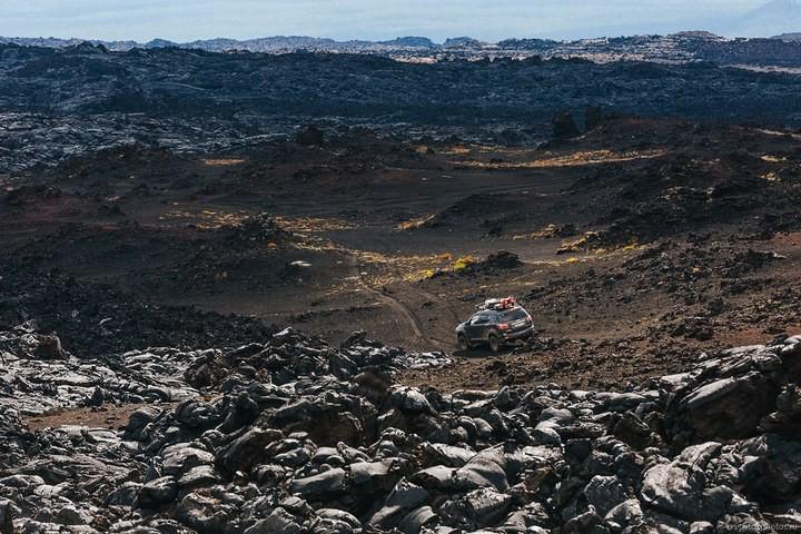 Лавовый поток вулкана Толбачик, гора Камень и Ключевская сопка (1)