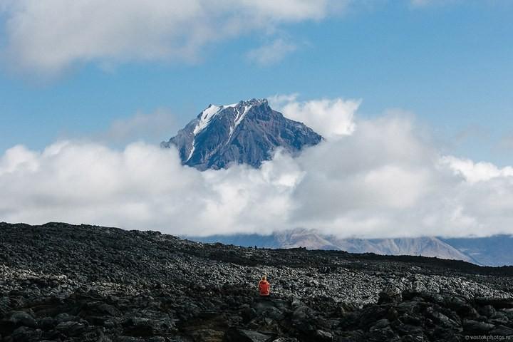 Лавовый поток вулкана Толбачик, гора Камень и Ключевская сопка (6)