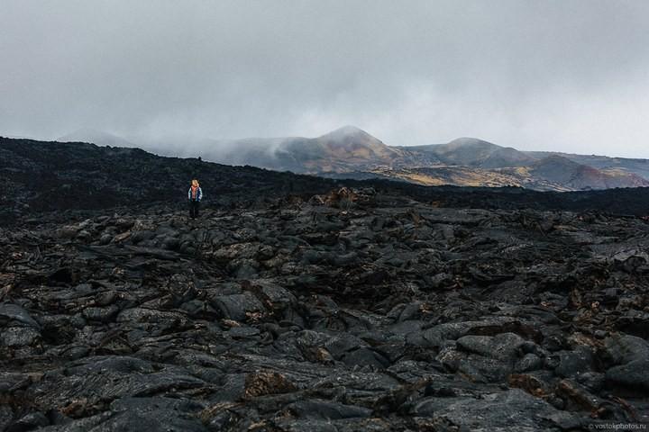 Лавовый поток вулкана Толбачик, гора Камень и Ключевская сопка (10)