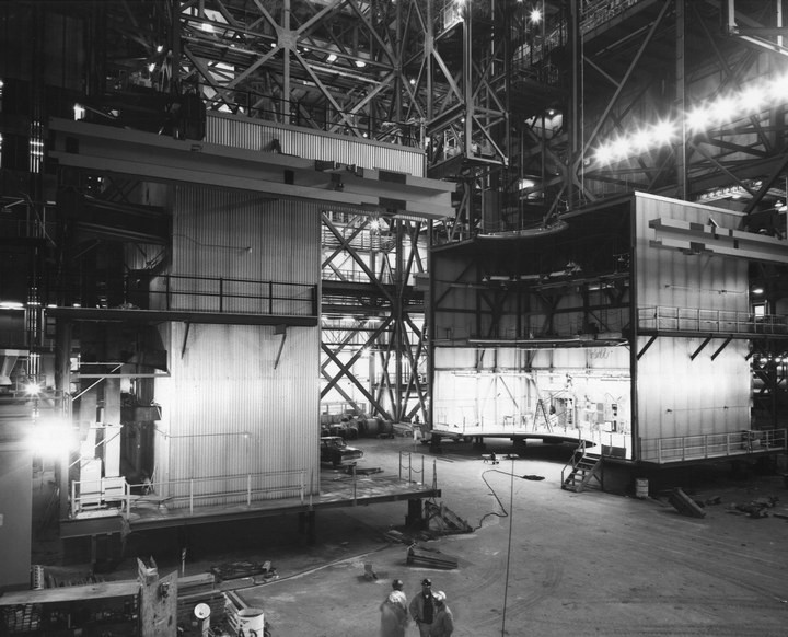 Самое большое одноэтажное здание в мире NASA Vehicle Assembly Building (11)