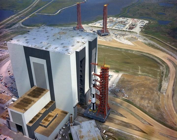 Самое большое одноэтажное здание в мире NASA Vehicle Assembly Building (15)