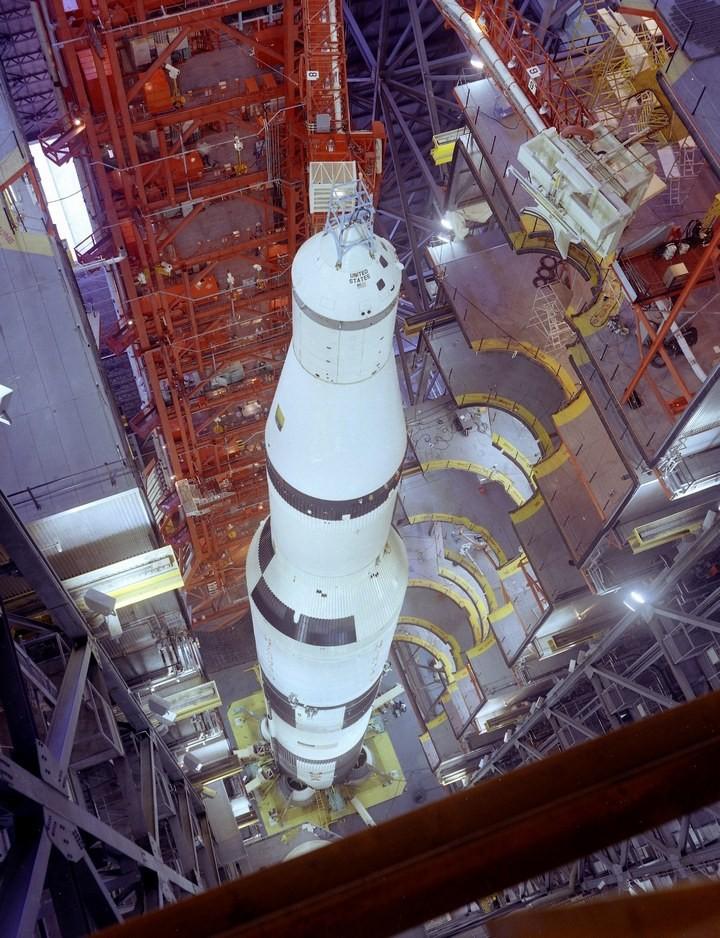 Самое большое одноэтажное здание в мире NASA Vehicle Assembly Building (17)