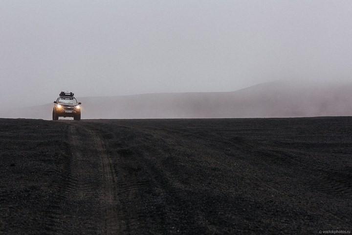 Лавовый поток вулкана Толбачик, гора Камень и Ключевская сопка (24)