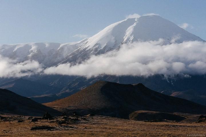 Лавовый поток вулкана Толбачик, гора Камень и Ключевская сопка (43)