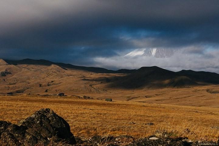 Лавовый поток вулкана Толбачик, гора Камень и Ключевская сопка (47)