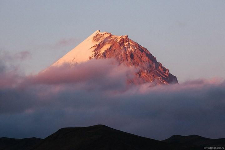 Лавовый поток вулкана Толбачик, гора Камень и Ключевская сопка (48)