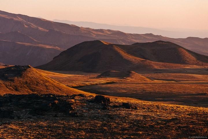 Лавовый поток вулкана Толбачик, гора Камень и Ключевская сопка (69)