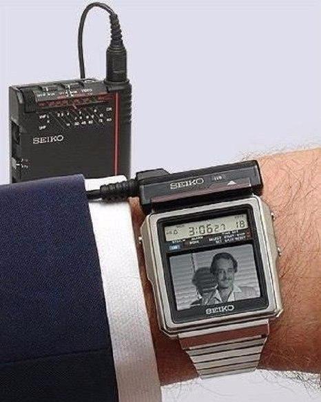 Часы фирмы Seiko с телевизором. Япония, 1982 г.