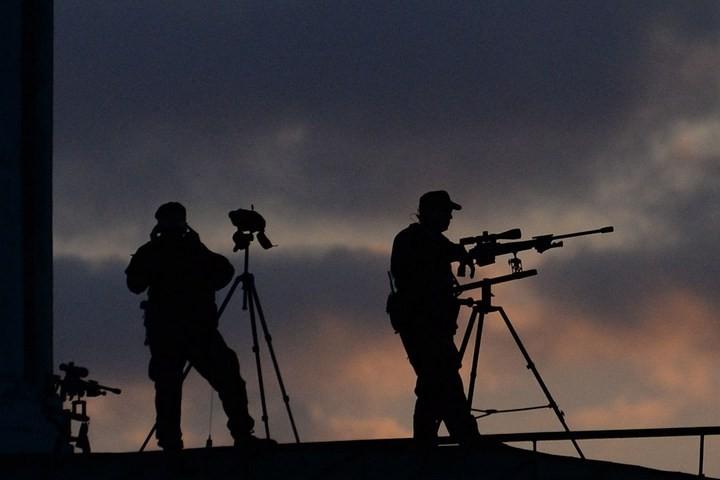 Снайперы на крышах Кремля (2)
