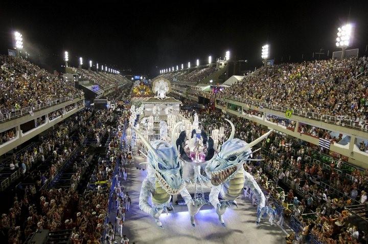 Бразильский карнавал — удивительное зрелище! (6)