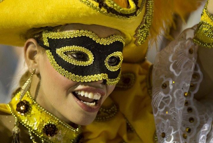 Бразильский карнавал — удивительное зрелище! (9)