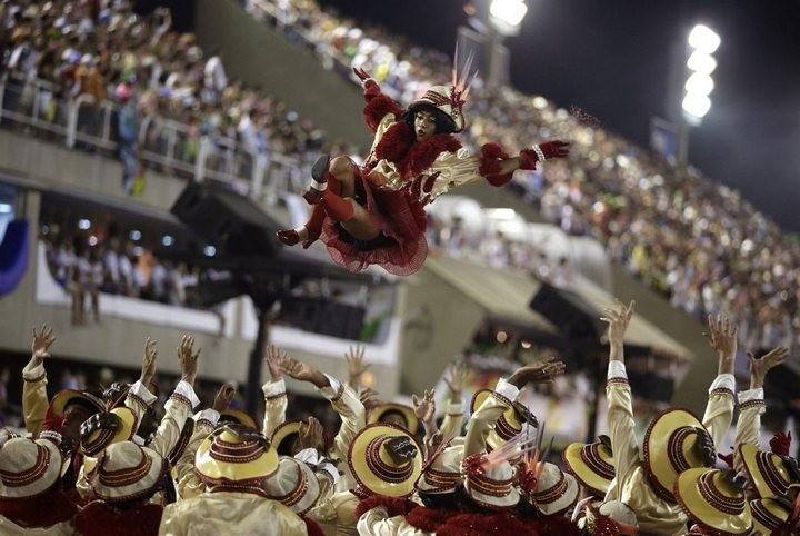 Бразильский карнавал — удивительное зрелище! (18)