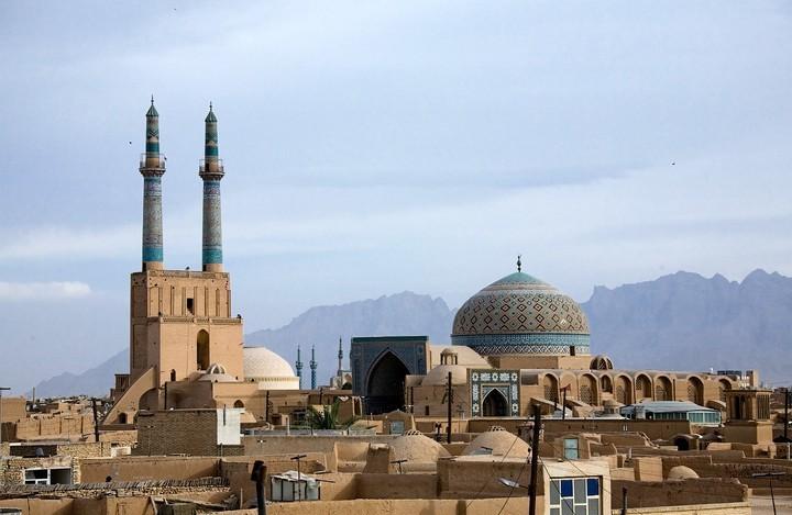 Куда поехать в отпуск этим летом? Может, в таинственный Иран? (7)