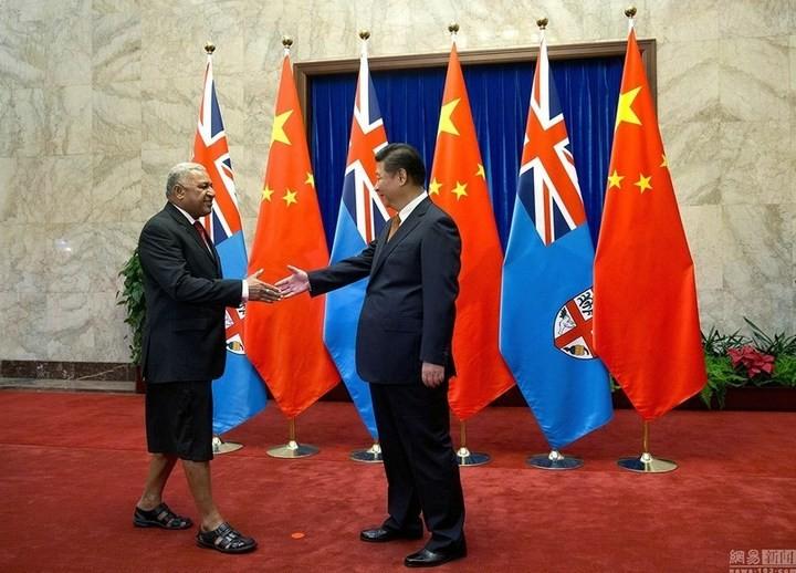Делегация из Фиджи в Китае (2)