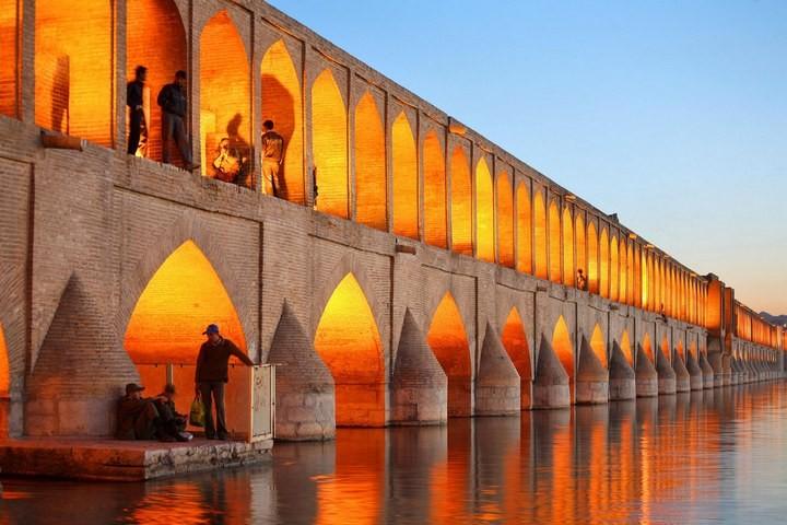 Куда поехать в отпуск этим летом? Может, в таинственный Иран? (2)