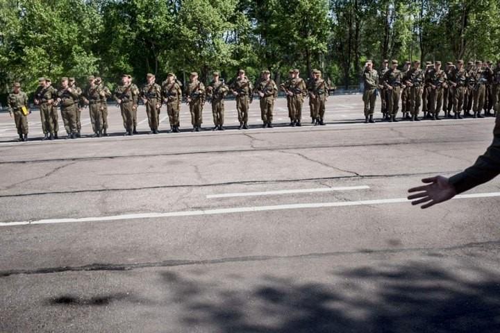 Прифронтовой украинский город Мариуполь (2)