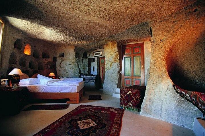 Museum — пожалуй самый необычный отель в Турции (8)