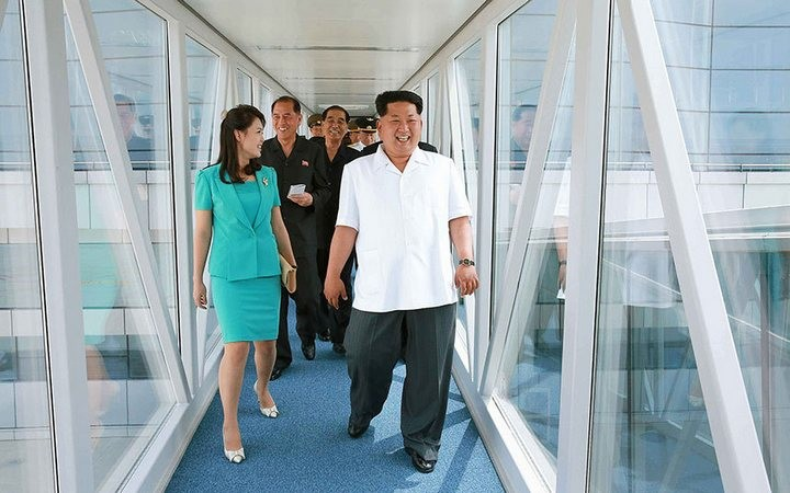 Ким Чен Ын на открытии нового терминала в аэропорту в Пхеньяне (10)