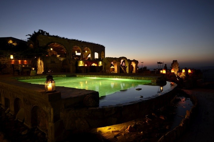 Museum — пожалуй самый необычный отель в Турции (3)