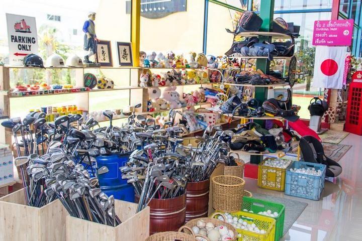 Необычный магазин в Паттайе (11)