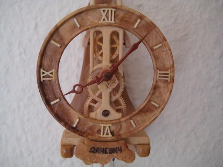 Деревянные часы Валерия Даневича (14)
