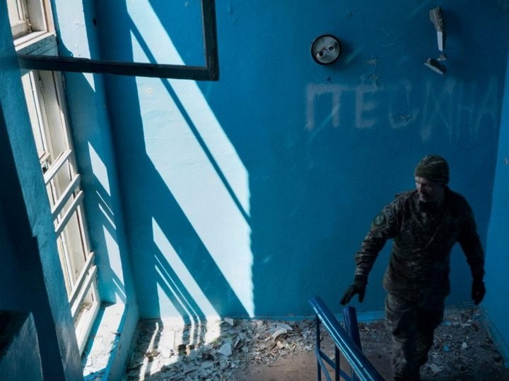 Прифронтовой украинский город Мариуполь (21)