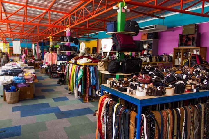 Необычный магазин в Паттайе (23)