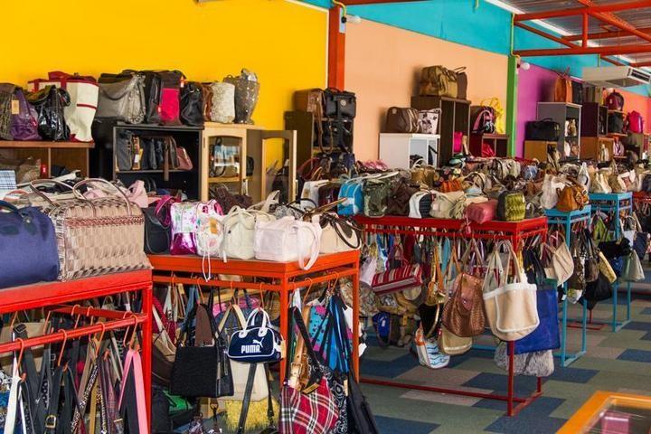 Необычный магазин в Паттайе (24)