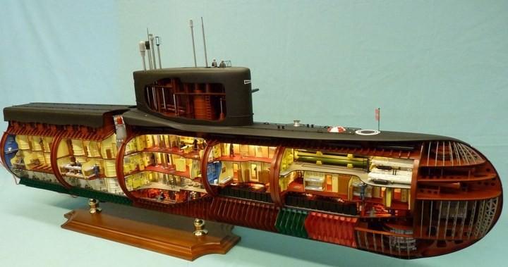 """Модель атомной подводной лодки 667-А """"Навага"""" в масштабе 1:50 (1)"""