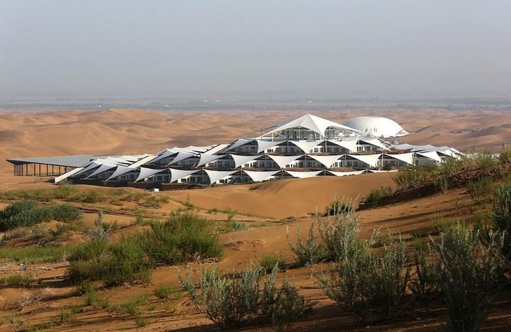 Песчаный Лотос — удивительный отель в пустыне (1)