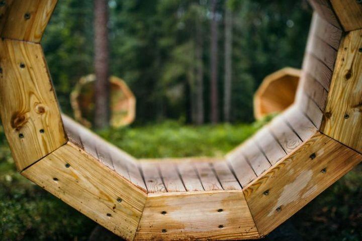Деревянные приспособления для прослушивания звуков леса (5)
