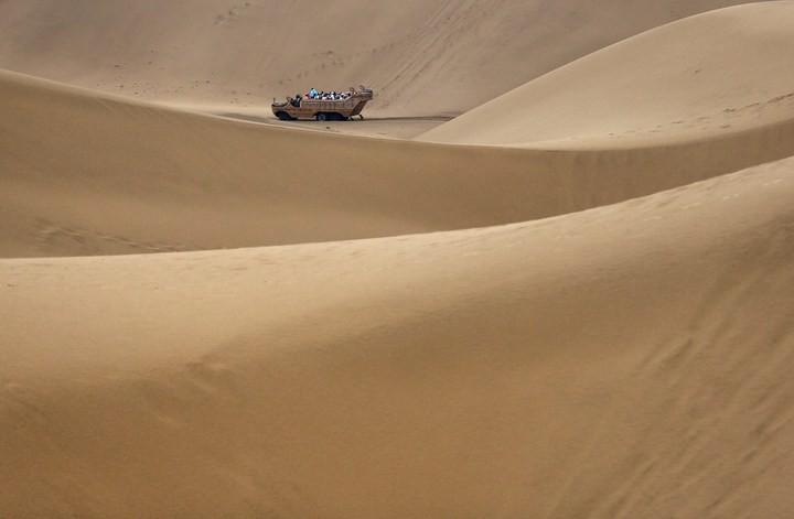 Песчаный Лотос — удивительный отель в пустыне (5)