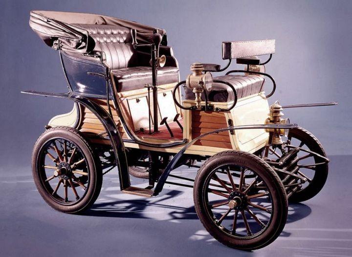 Первые автомобили в истории крупнейших современных брендов (13)