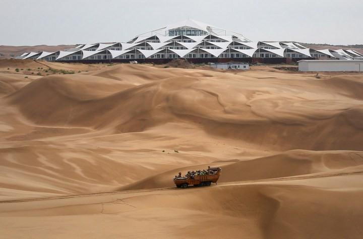 Песчаный Лотос — удивительный отель в пустыне (15)
