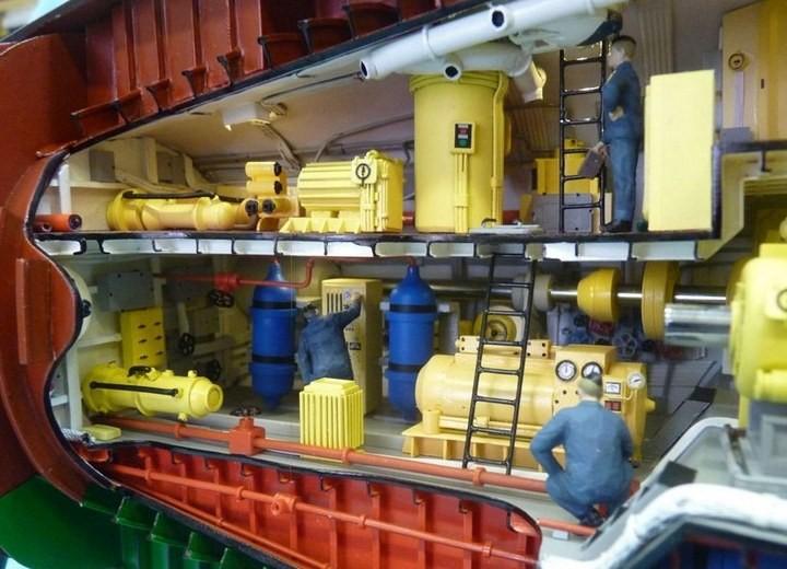 """Модель атомной подводной лодки 667-А """"Навага"""" в масштабе 1:50 (31)"""