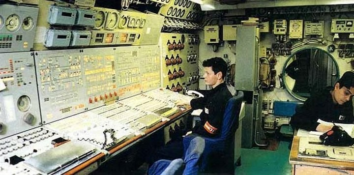«Акула» — cамая большая подводная лодка в мире (14)
