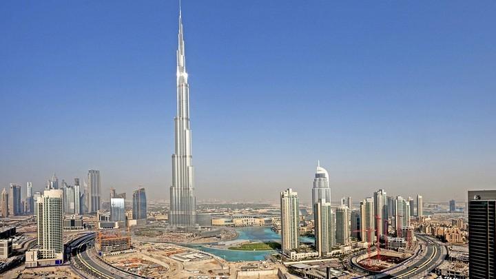 Заманчивое путешествие в ОАЭ (1)