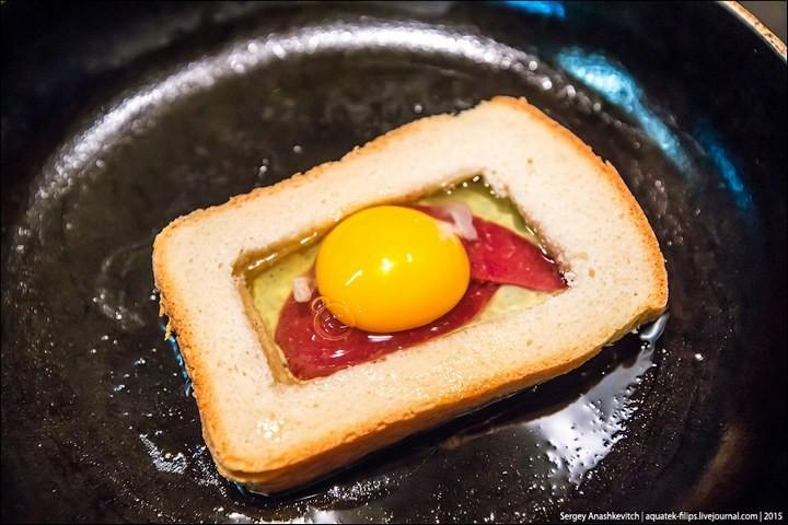 Яйцеброд — просто, быстро, вкусно (7)
