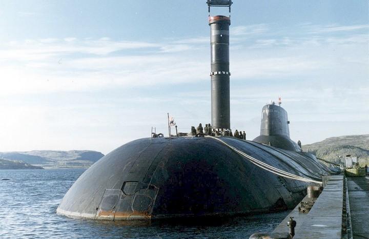 «Акула» — cамая большая подводная лодка в мире (9)