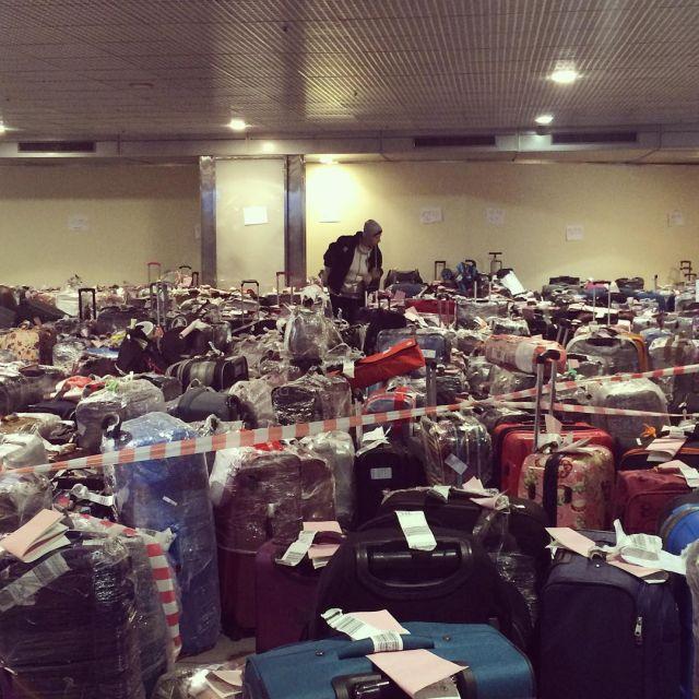 Чемоданный коллапс в российских аэропортах (2)