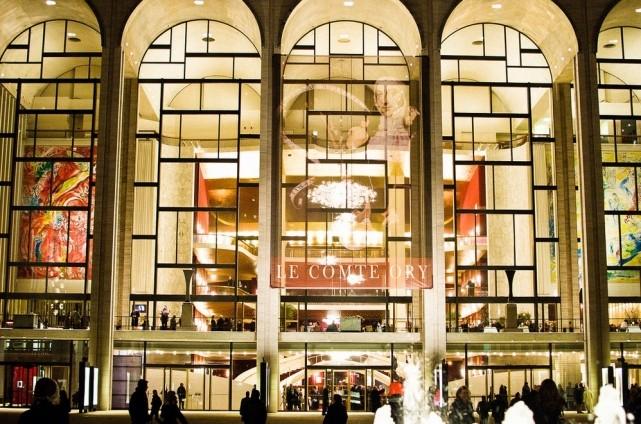Самые известные и красивейшие театры мира (5)