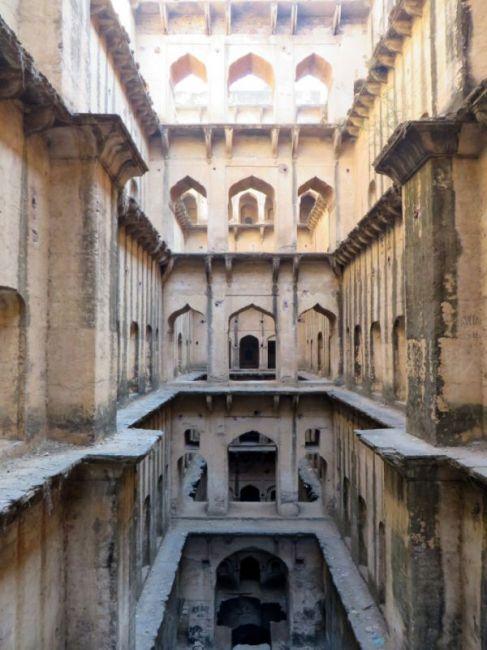 Удивительные ступенчатые колодцы Индии (2)