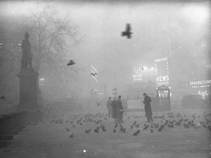Туман, спустившийся на Лондон 5 декабря 1952, года убил 12 000 человек (3)