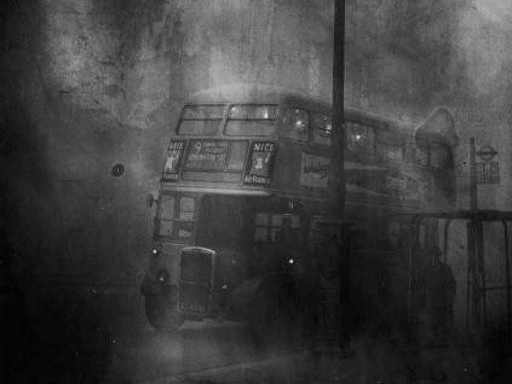 Туман, спустившийся на Лондон 5 декабря 1952, года убил 12 000 человек (4)