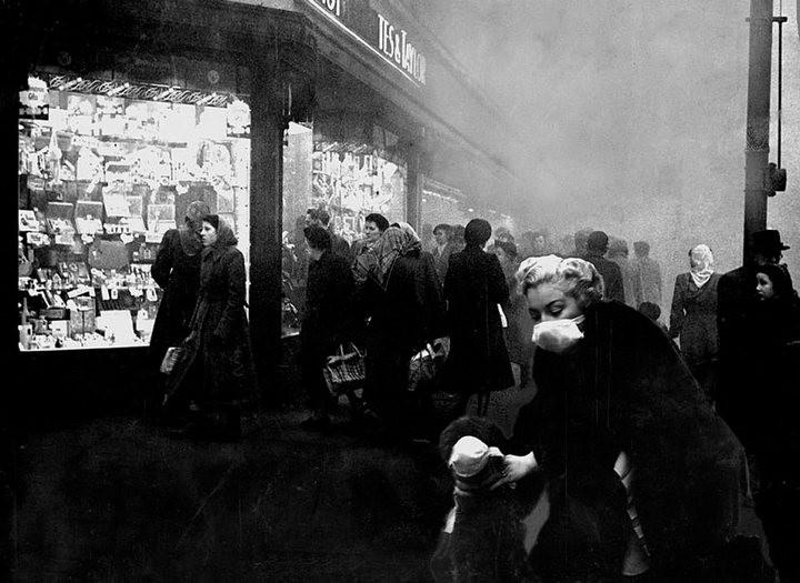 Туман, спустившийся на Лондон 5 декабря 1952, года убил 12 000 человек (5)