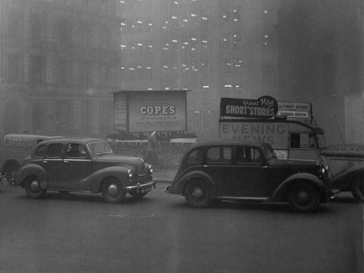 Туман, спустившийся на Лондон 5 декабря 1952, года убил 12 000 человек (6)