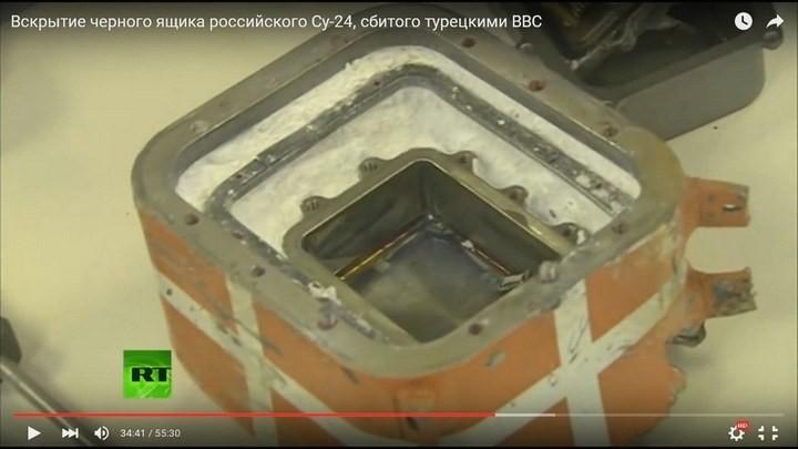Вскрытие чёрного ящика с самолёта СУ-24М. Cтыдно за отечественную электронику! Опозорились на весь мир (10)