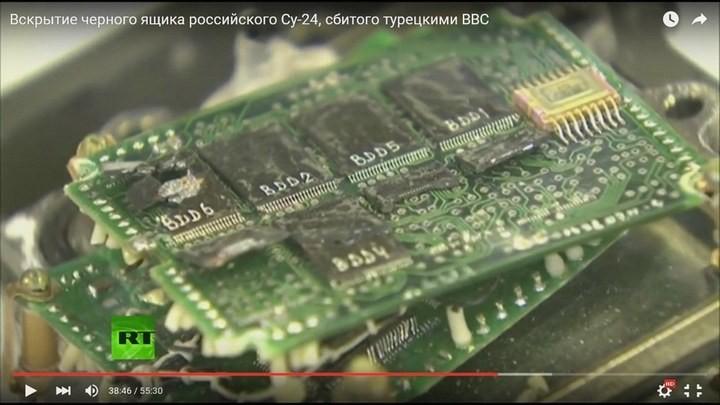Вскрытие чёрного ящика с самолёта СУ-24М. Cтыдно за отечественную электронику! Опозорились на весь мир (19)