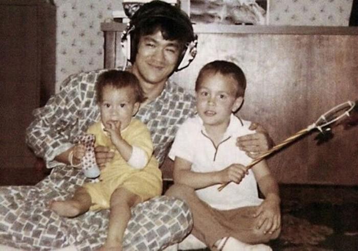 Семейные фотографии из архива Брюса Ли (24)