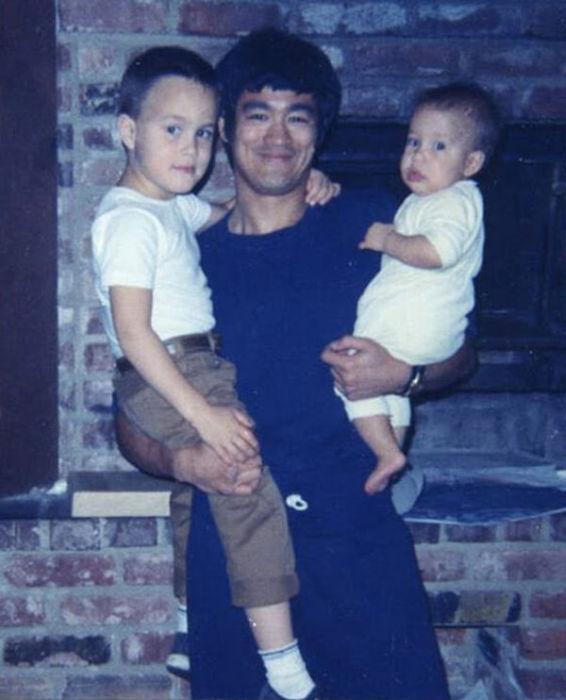 Семейные фотографии из архива Брюса Ли (22)